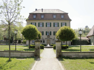 Das hier ist das Oberauracher Rathaus.